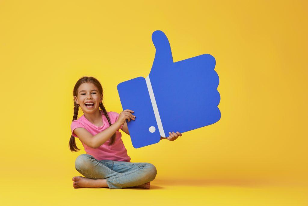 Hogyan állíthatom be a Facebookon, hogy ki mit láthat rólam?
